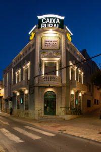 Fachada_caja_rural_Alcora-trilux