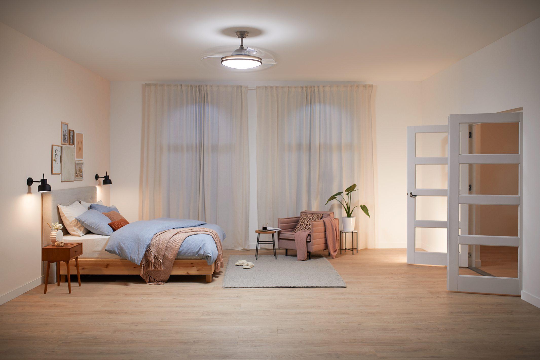 Philips-EyeComfort-Atlas-N°quel-Dormitorio